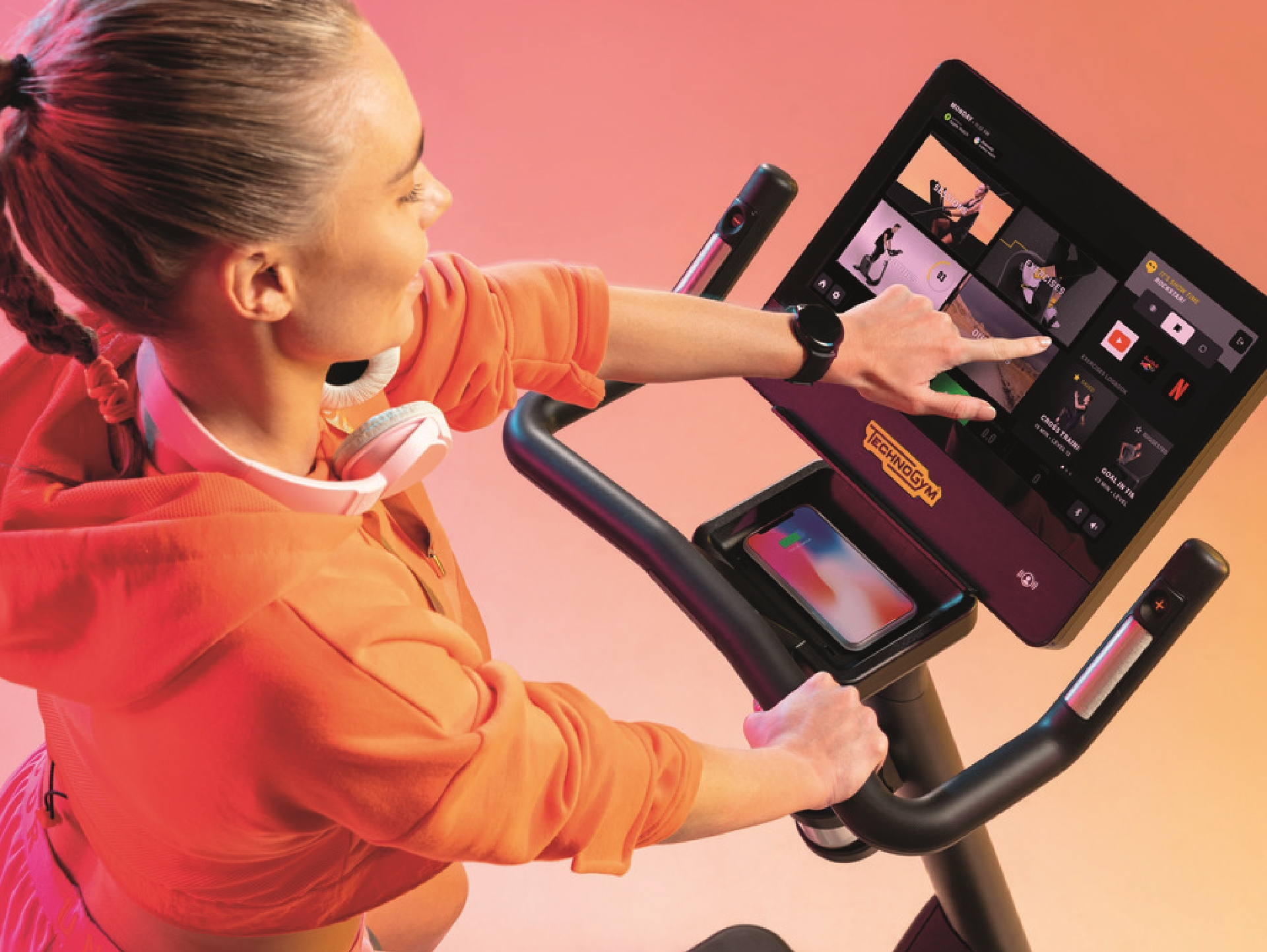 L'equip de fitness rep els certificats de Technogym
